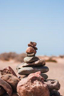 balance-pebbles-pile-2037990.jpg